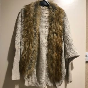 Fur Trimmed Cardigan ((Faux Fur)